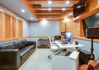 Control Room-min